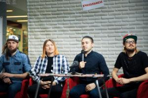 Автограф-сесія гурту