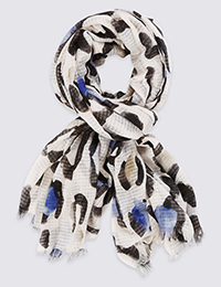 Marks & Spencer_casual chic_scarf